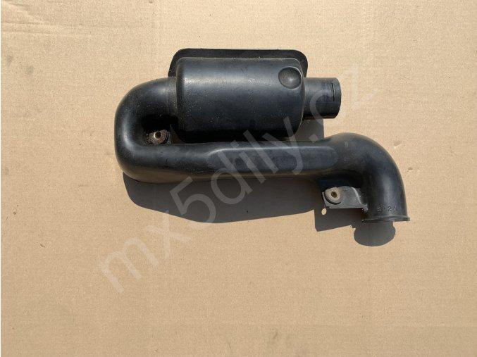 Trubka vzduchového filtru NA 1,8