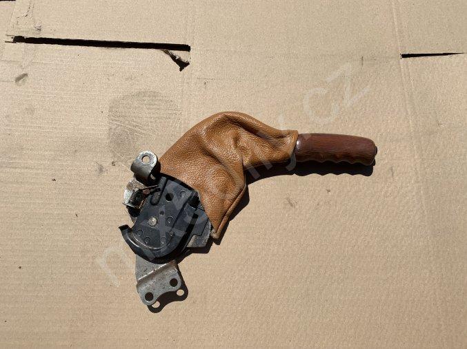 Ruční brzda - dřevěná 2