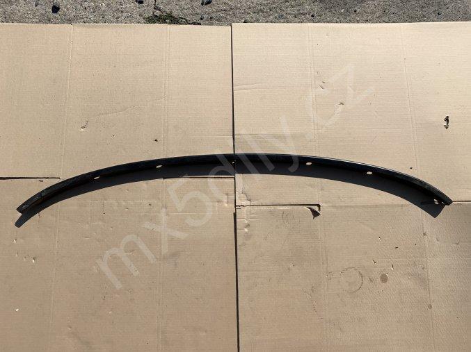 Uchycení střechy - zadní plechová lišta