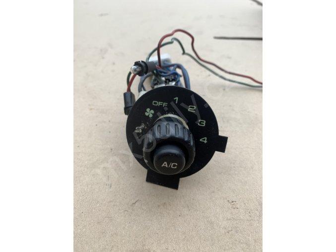 Ovládání ventilátoru NA - s klimatizací