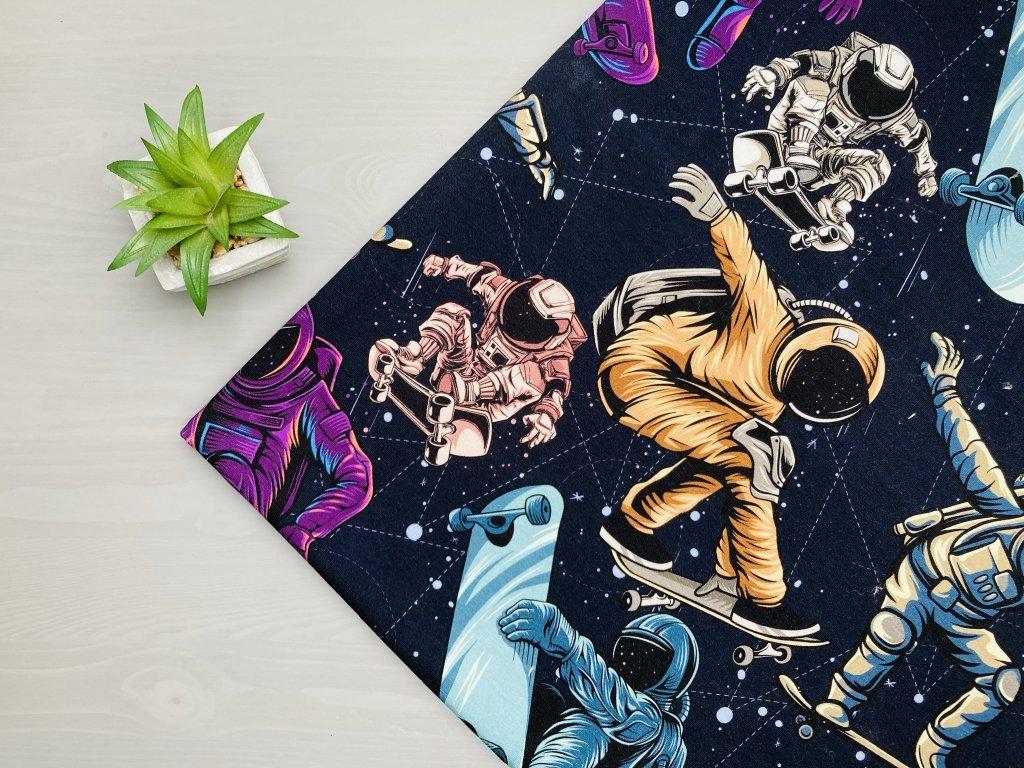 Kosmonauti na prknech