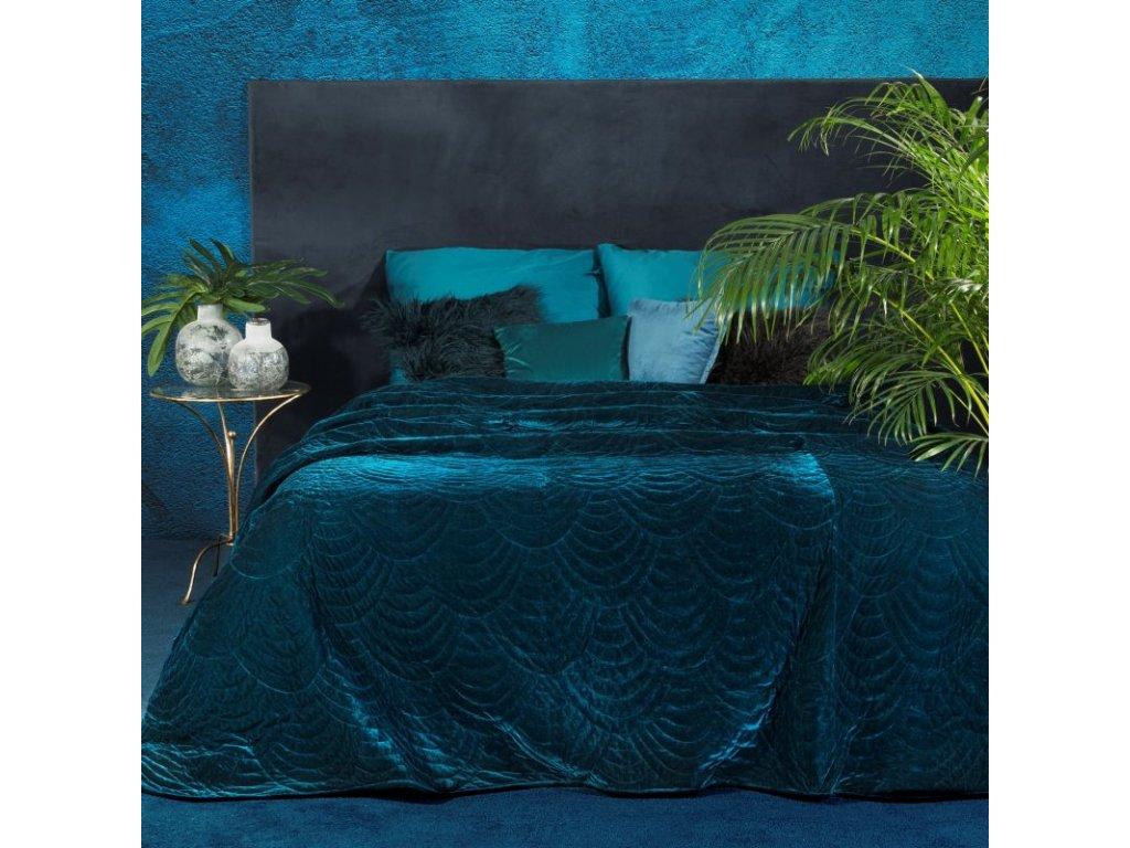 Přehoz na postel GARYS 220x240 cm tmavě modrá Mybesthome