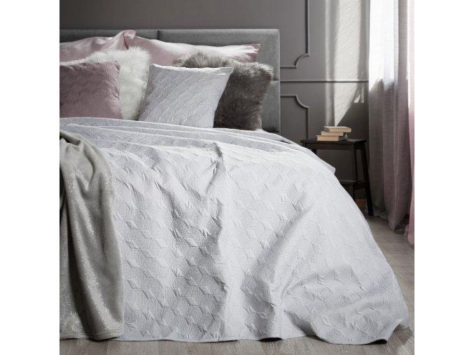 Přehoz na postel SERAFINA 220x240 cm stříbrná Mybesthome