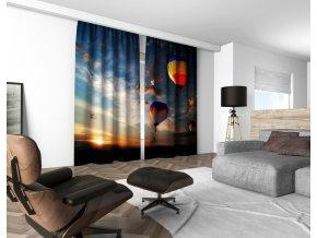3D dekorační závěs 304V FLYING BALLOONS 160x250 cm set 2 kusy MyBestHome