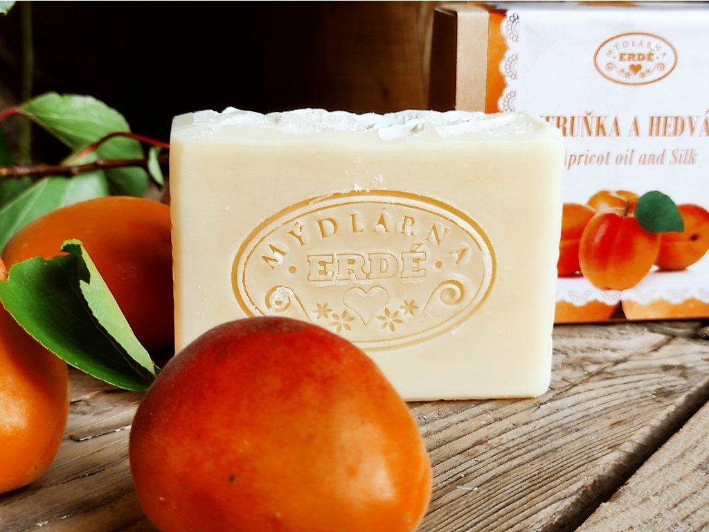Meruňka a hedvábí přírodní mýdlo 20 g