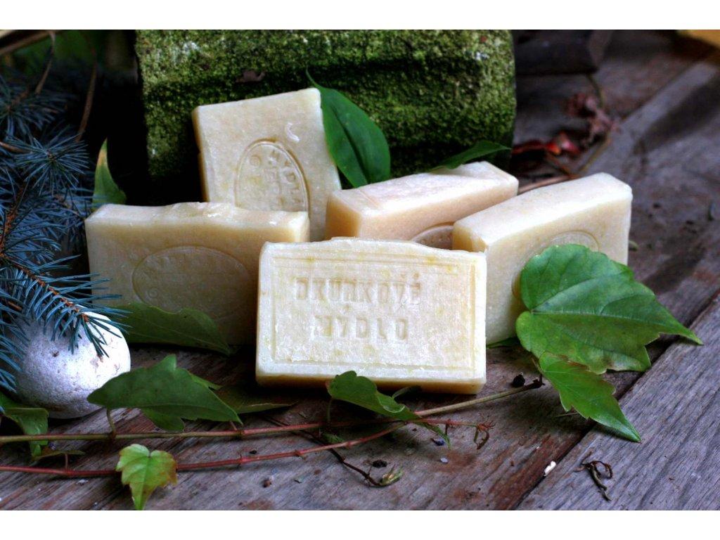 Přírodní okurkové mýdlo s mandlovým olejem