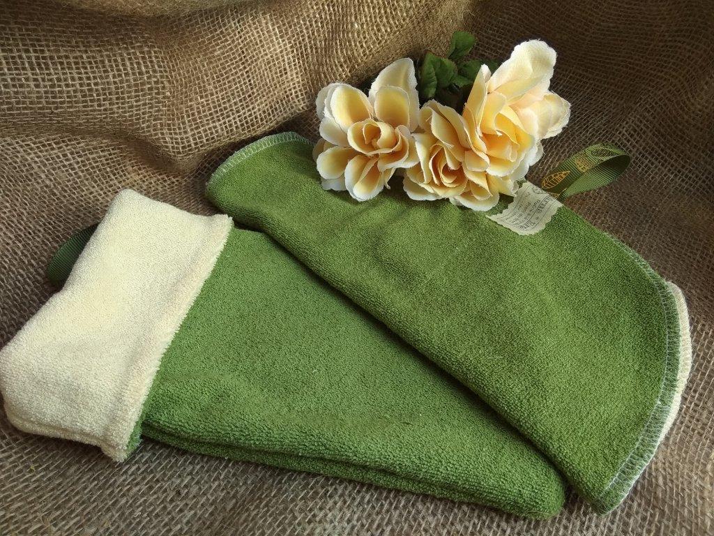 Žínka zeleno krémová