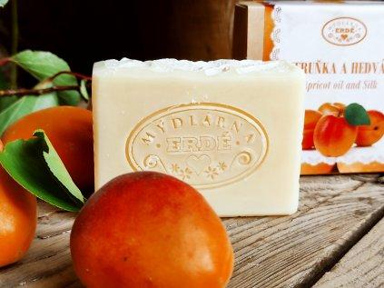 Meruňka a hedvábí přírodní mýdlo 50 g