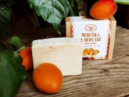 Meruňka a hedvábí solné mýdlo