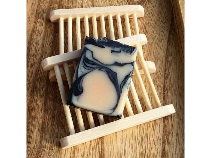 Dřevěná podložka pod mýdlo mýdlenka