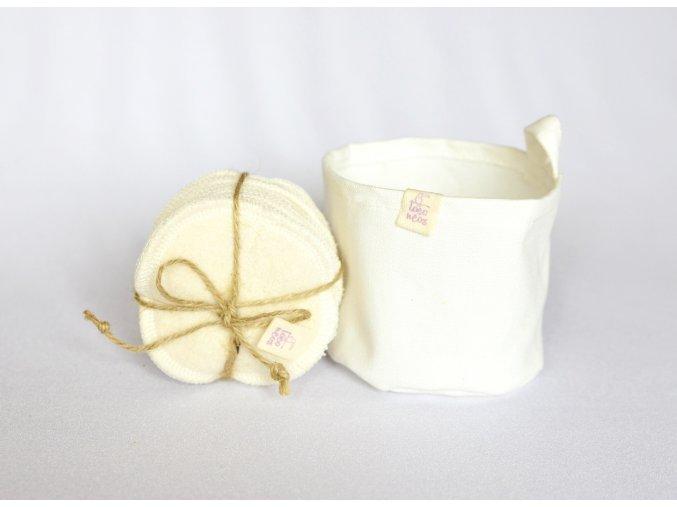 Košíček a tamponky