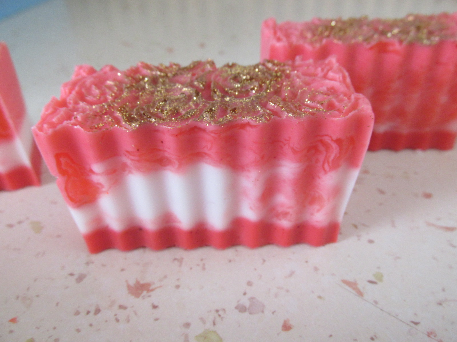 Miešané ružičkové mydlo