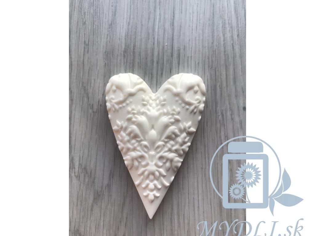 srdce ornament 1