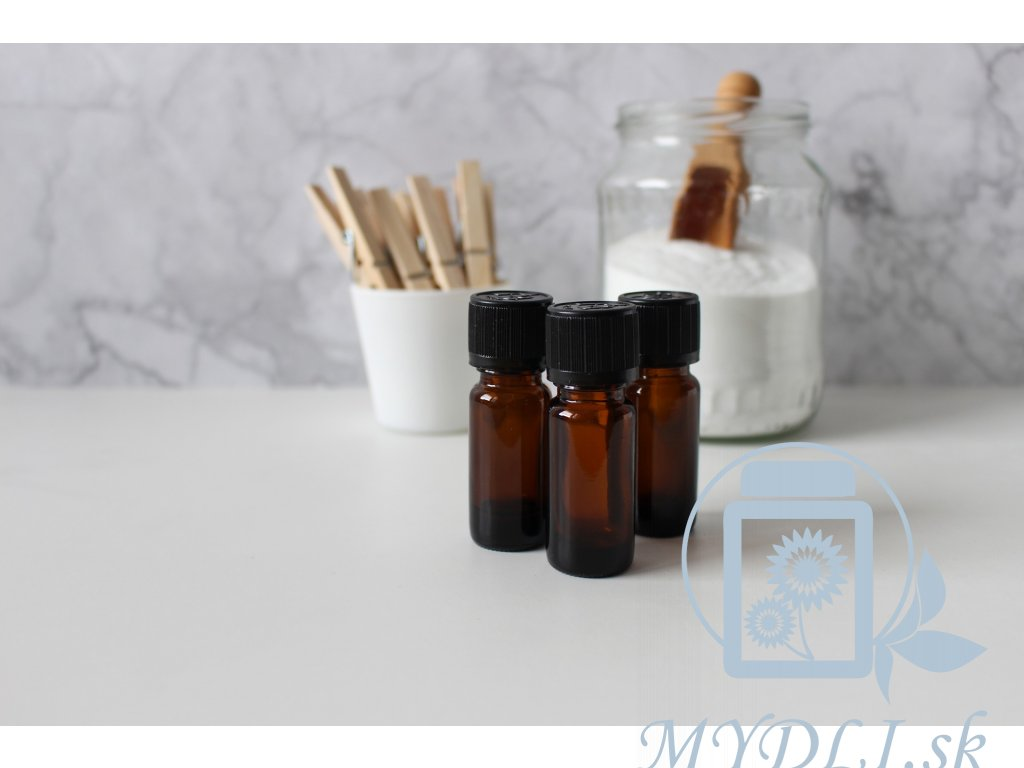 essential oils 4017611 1920