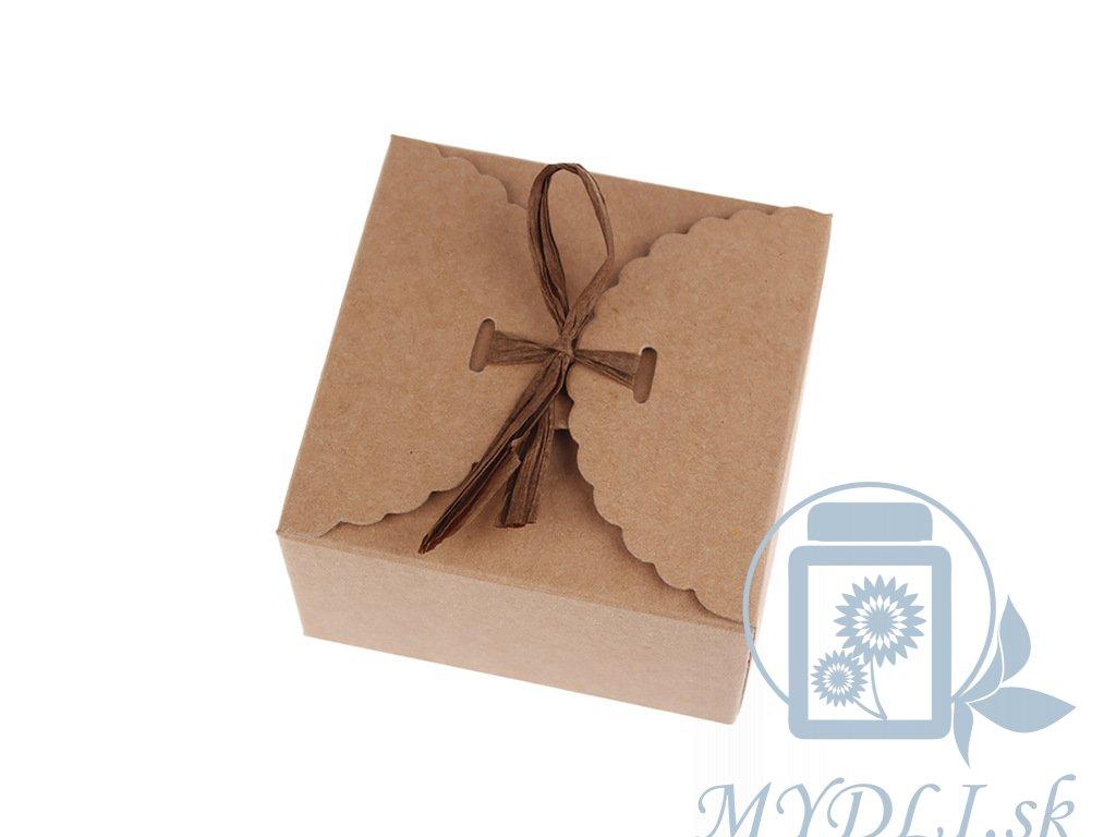 papierova krabička so stužkou na mydla