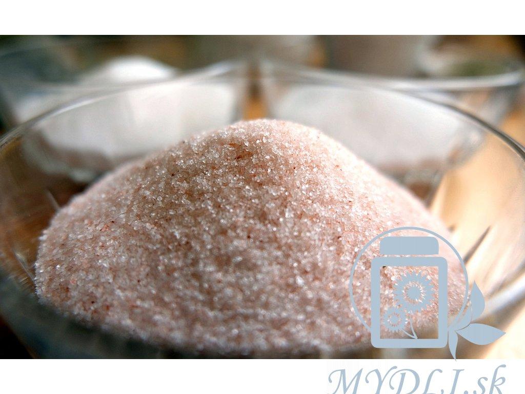 himalayan salt 2199823 1280