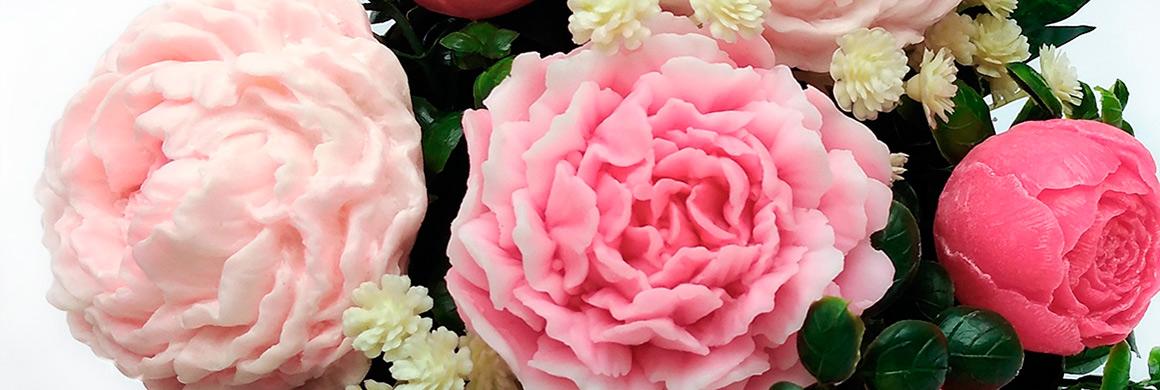 mýdlová kytice pivoňky růžové