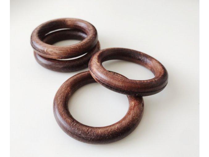 Dřevěný kroužek MAHAGON - průměr 50 mm (vnitř. průměr 35 mm)