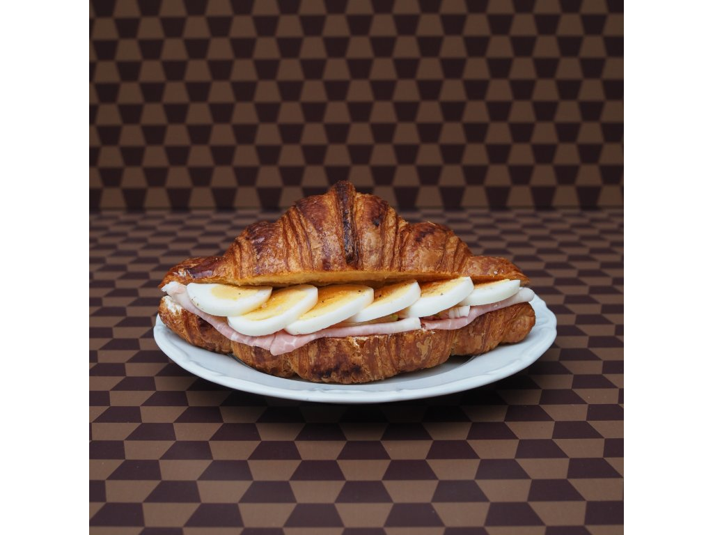 Plněný croissant