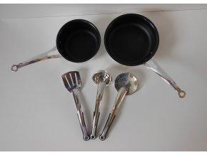 kovové nádobí plast 1x 1