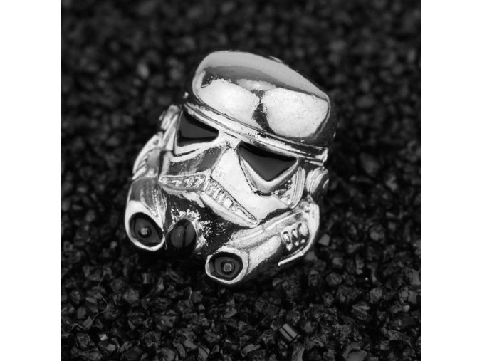 2 Colors Silver Black Cool Star Wars Stormtrooper Mask Brooch Women Men Brooches Pins Clothing Accessories.jpg 640x640