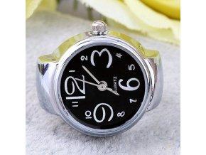 Prsteň s čiernymi hodinkami
