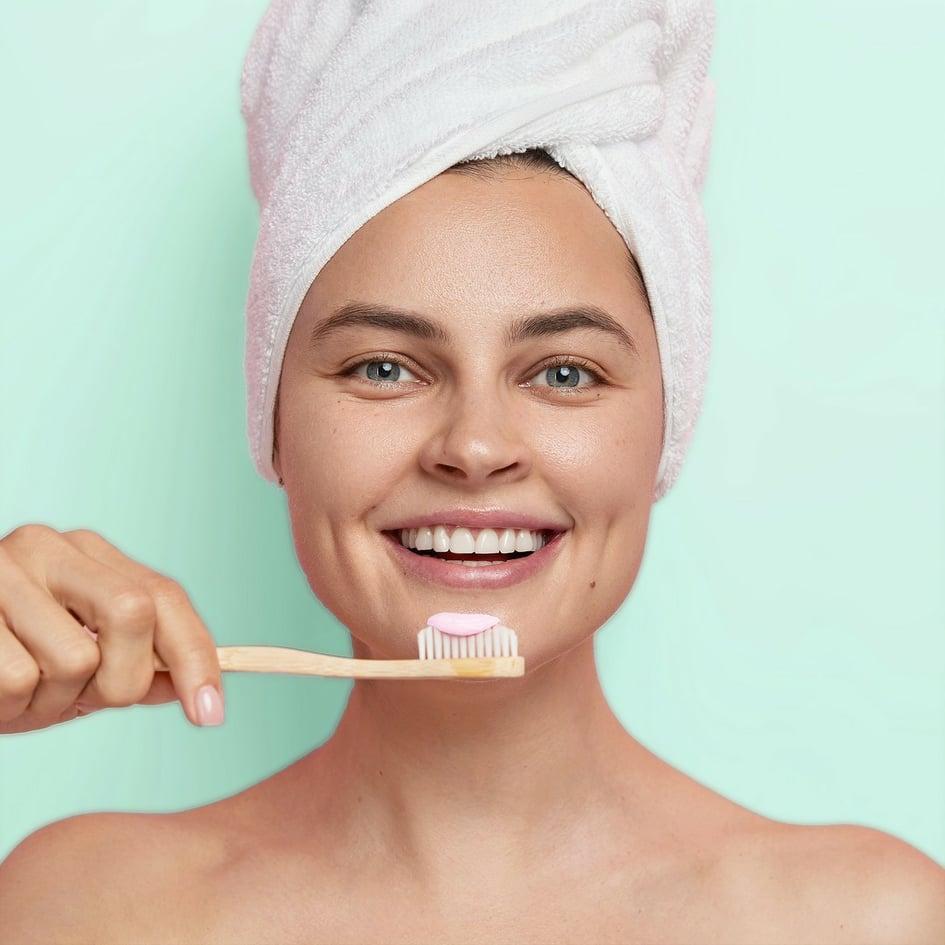 Pudr pro bělení zubů