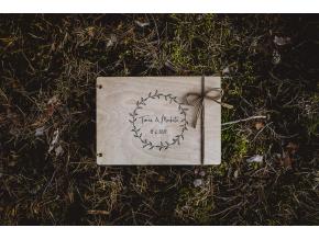 Svatební fotoalbum #boho-circle  Dřevěné fotoalbum s lístkovým boho vzorem.
