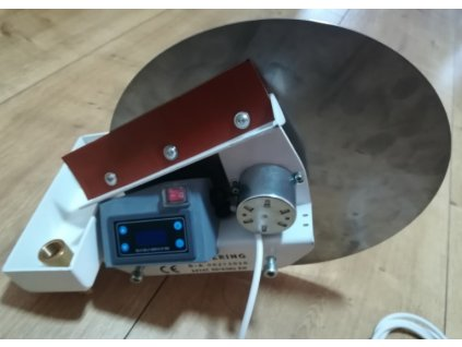 diskovy odlucovac ropnych latek s casovacem