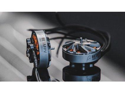 BetaFPV 2004 1700KV 3000KV motors 140590f8284d 1024x1024 1024x576