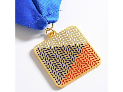 medaile zlatá flying flag 2020 1