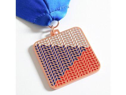 medaile bronzová flying flag 2020 1
