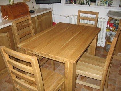 Jídelní dubový stůl Ekonomik