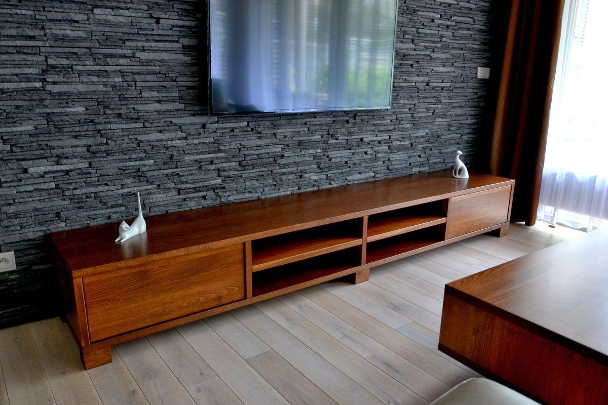 Dřevěný nábytek na míru