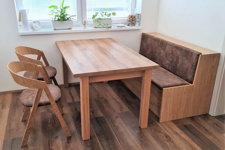 Jídelní stůl TOM s židlemi a lavicí