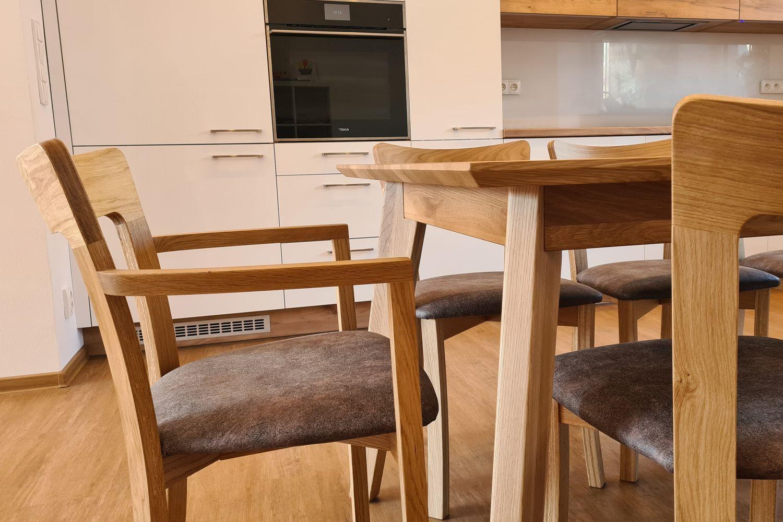Rozkládací jídelní stůl LONDON a židle GOLDA