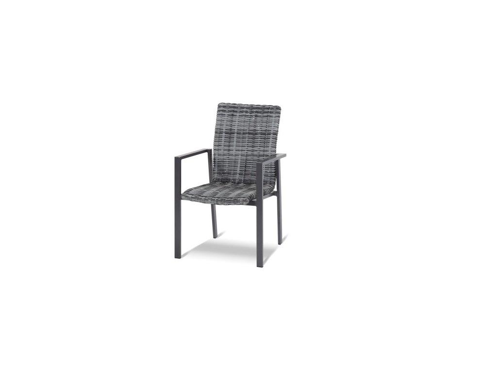 ratanová jídelní židle