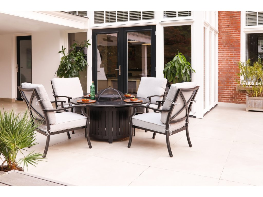 zahradní stůl s vestavným grilem