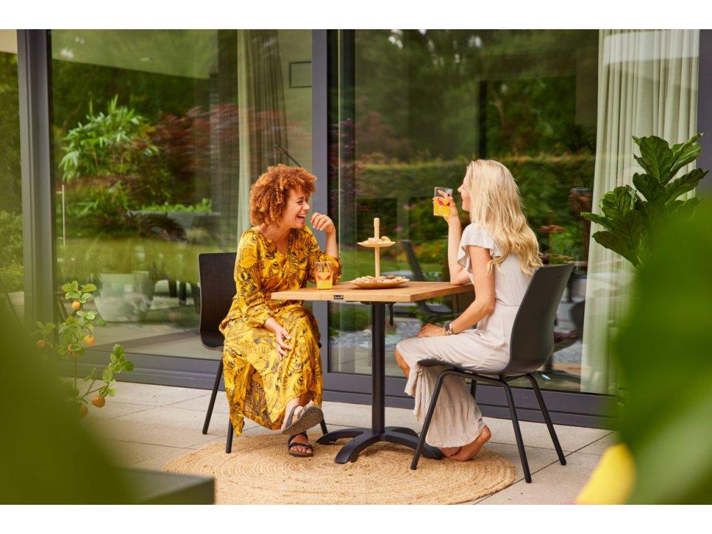 zahradní stůl 70x70cm teaková deska
