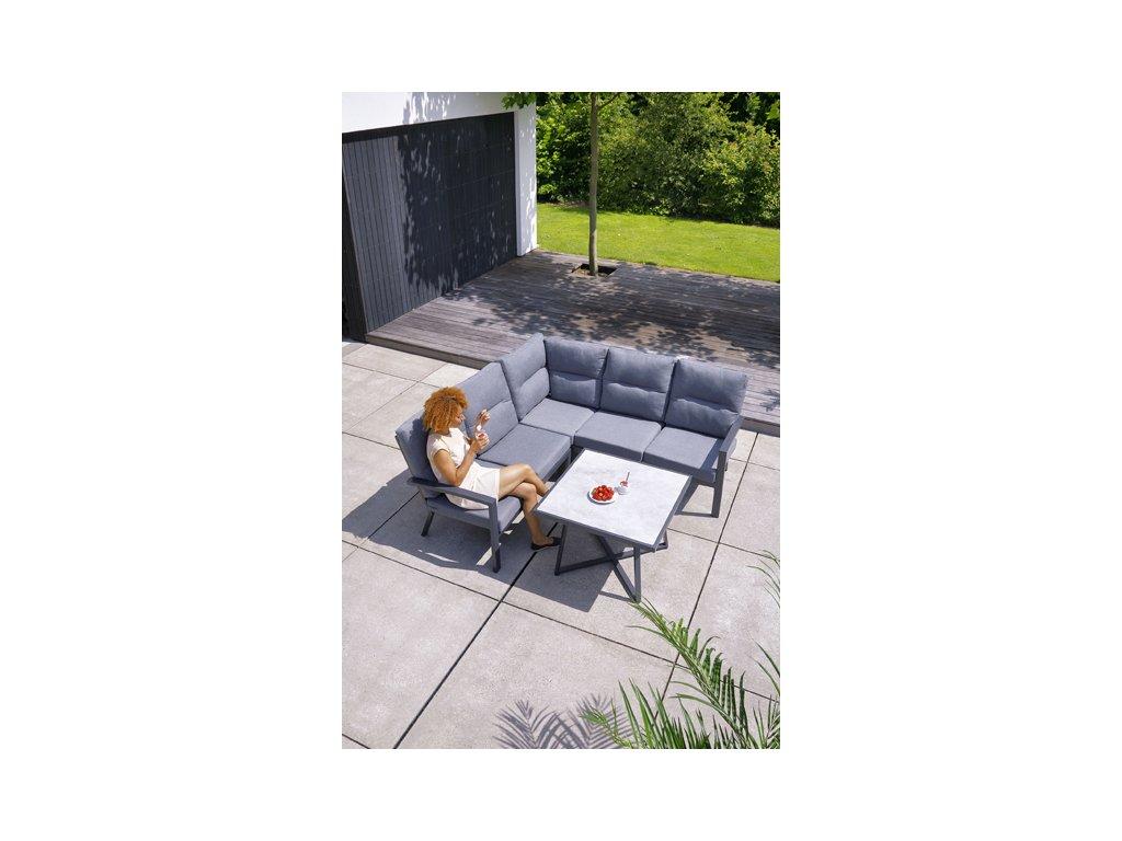 rohová zahradní sedačka