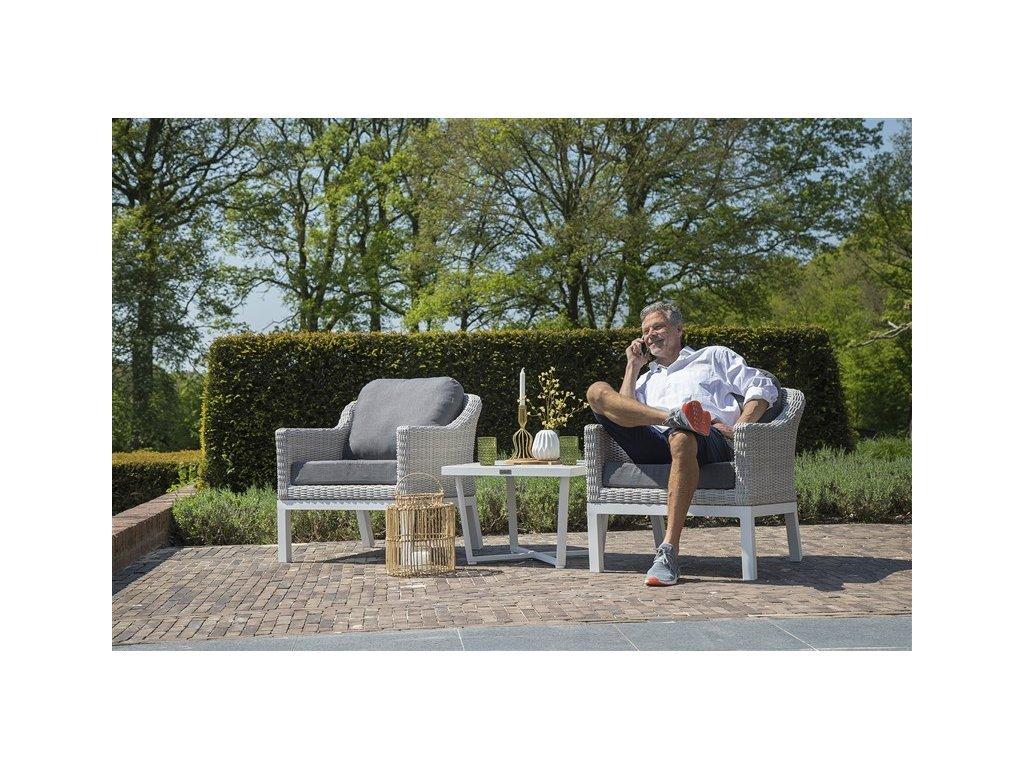 luxusní zahradní sezení