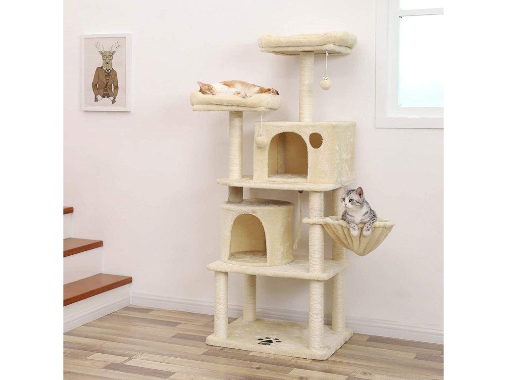 mačacie strom s pelechy a domčeky