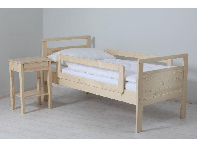 zabrana na postel theo