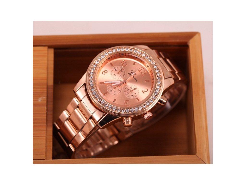 Geneva hodinky Kovostyl stříbrné Geneva hodinky Kovostyl růžové zlaté ... c1277d1f7f