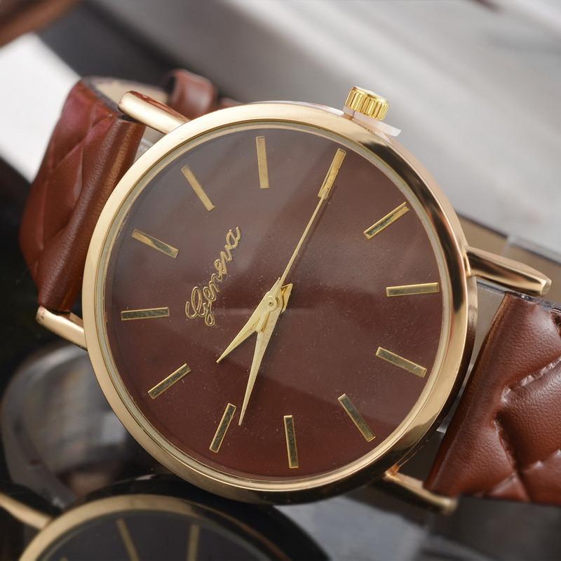 Dámské kožené prošívané hodinky Geneva - 10 barev Barva  Hnědá 0004f672cb2