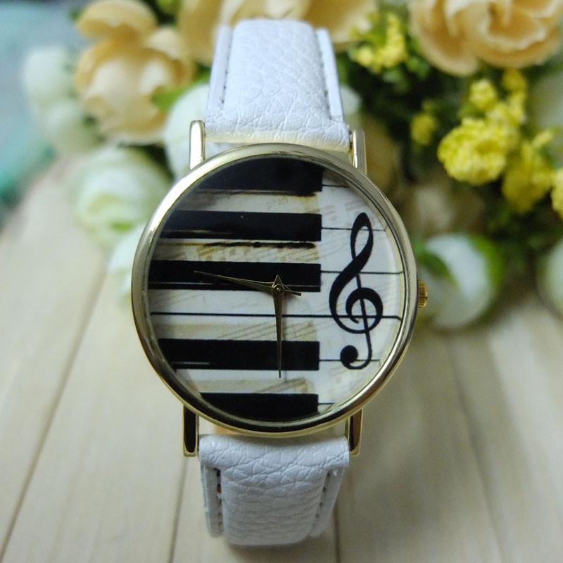 Dámské kožené hodinky Klávesy - 2 barvy Barva: Bílé
