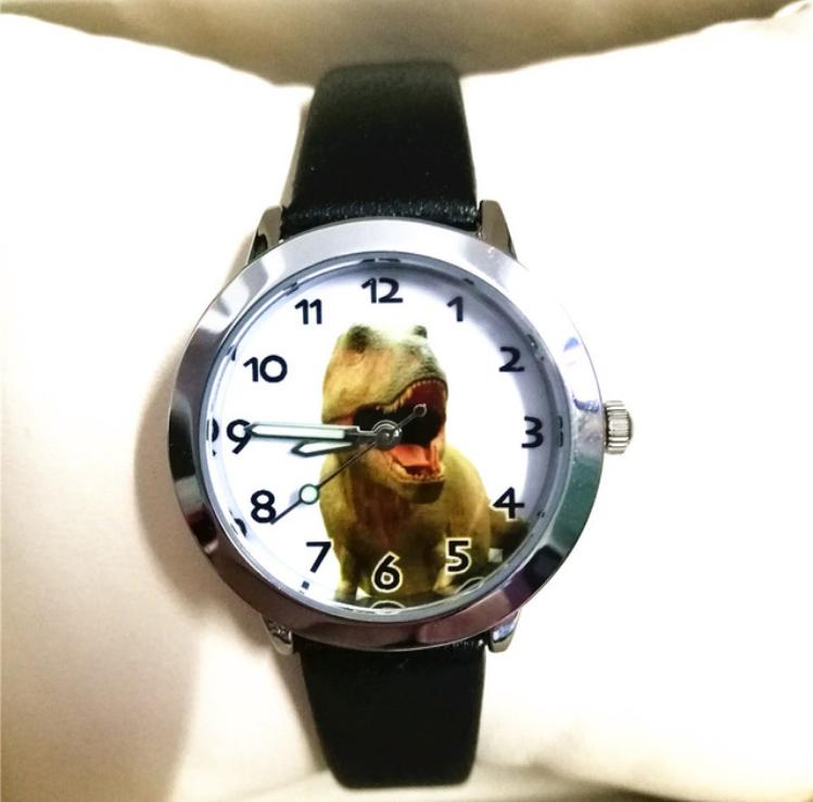 Dětské hodinky Dinosaur - 2 barvy Barva: Černý