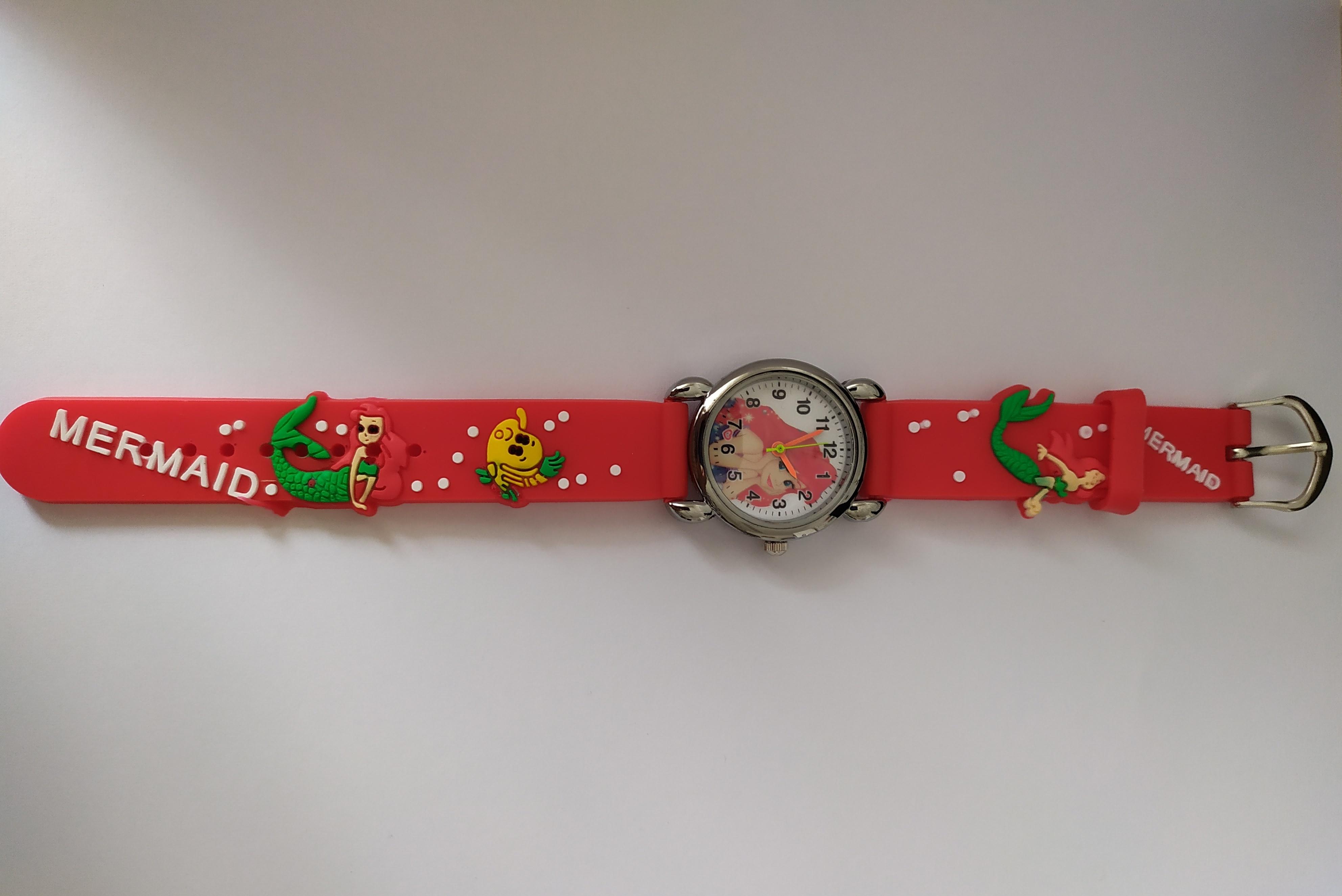 Dětské červené hodinky Mořská panna Ariel