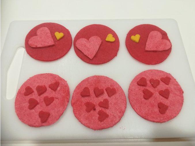 LC valentýnské marcipánové terče na muffiny