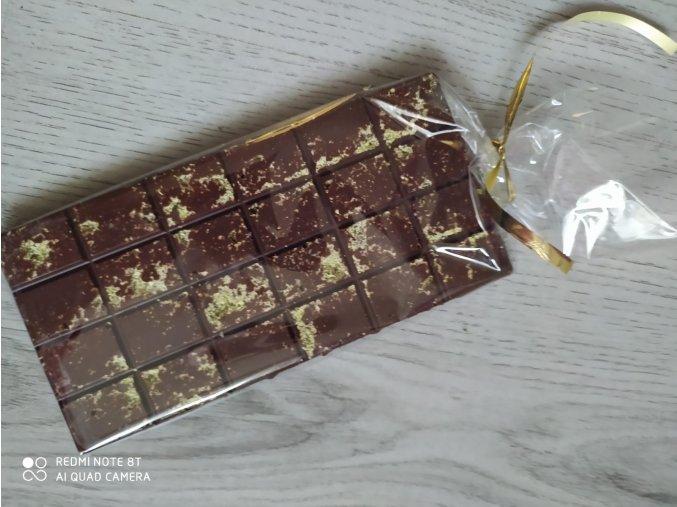 LC čokoláda mlečná s pistáciemi